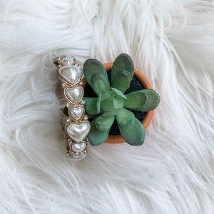 ✨ 3/$12 Pearl heart bracelet